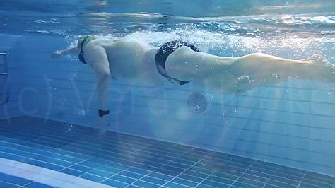 Kraulschwimmen, Kraultechnik, Unterwasserarmzug, Druckphase, aktiver Vortrieb, Wasserlage, Triathlon, Kraul schwimmen